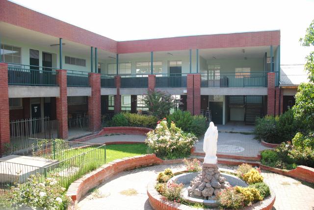 Fundación Educacional Colegio Santa Isabel – El Melón